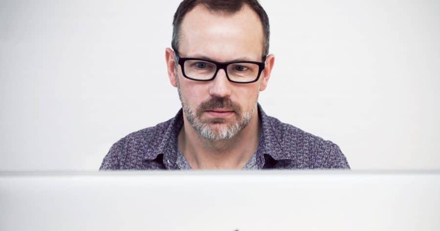 Comment choisir votre nom de profil sur les sites de rencontre